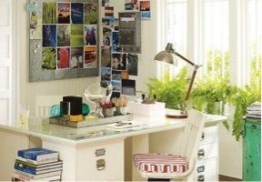 S Desk